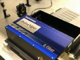1 laser Ti:Sa amplifié Coherent Libra